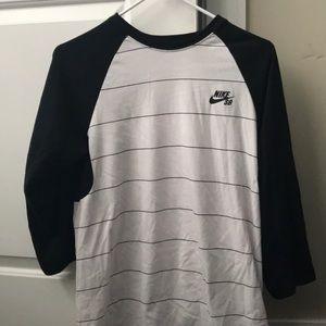 Nike SB 3/4 Sleeve Shirt